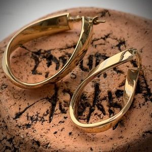 NEW 14k Gold Twisted Hoop Earrings